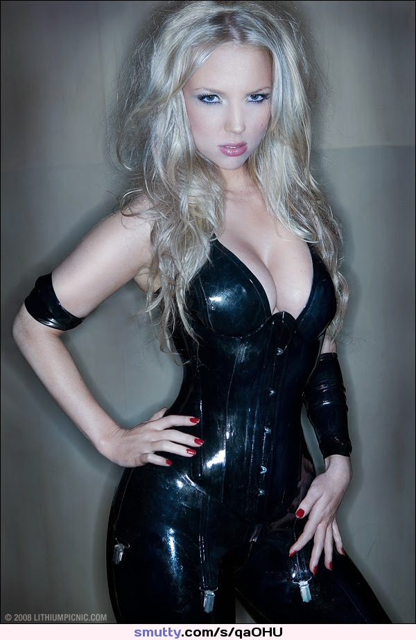 showing porn images for exotic stars porn #latex #latexdress #corset #blonde #collar #shiny #LauraLalaa #Shitake