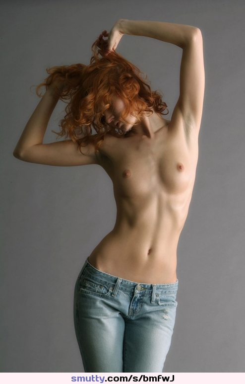 Outdoors Topless Reading Piercednipples Petits Beautifulgirl Jeans Outdoors