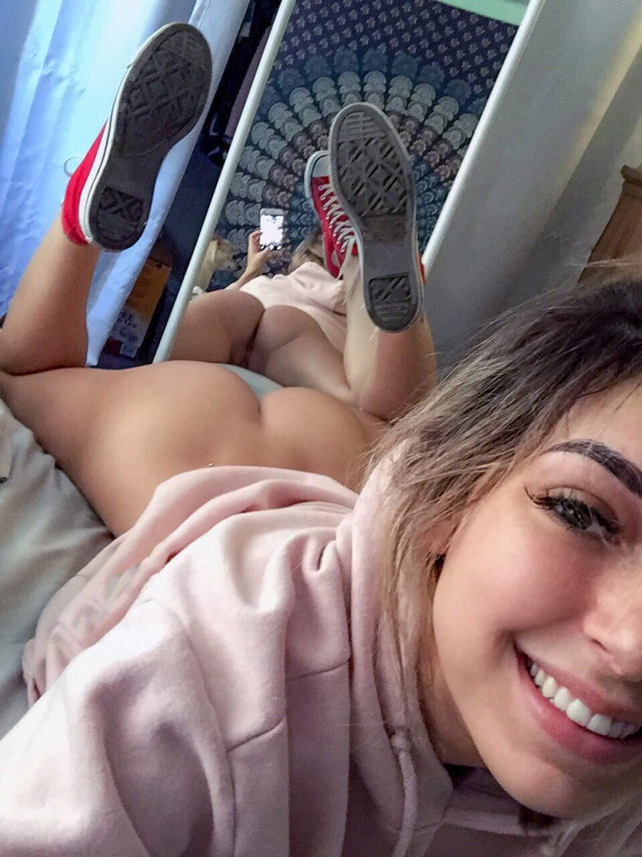 Teen Young Sex Hot Petite Selfie Pussy Hellmax