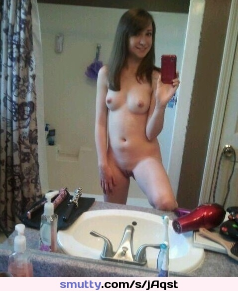 free nude pics of hot girls