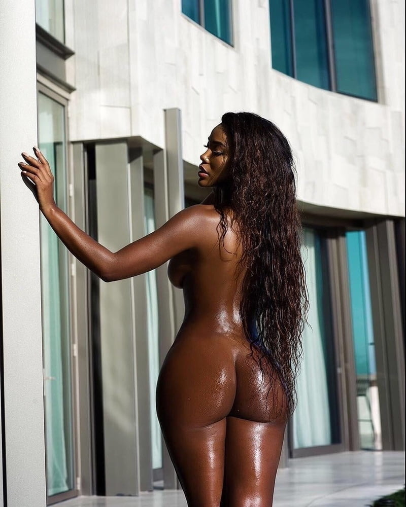 dancing bear real tapes from birthdays bachelorette #ebony #butt #ass #booty #widehips