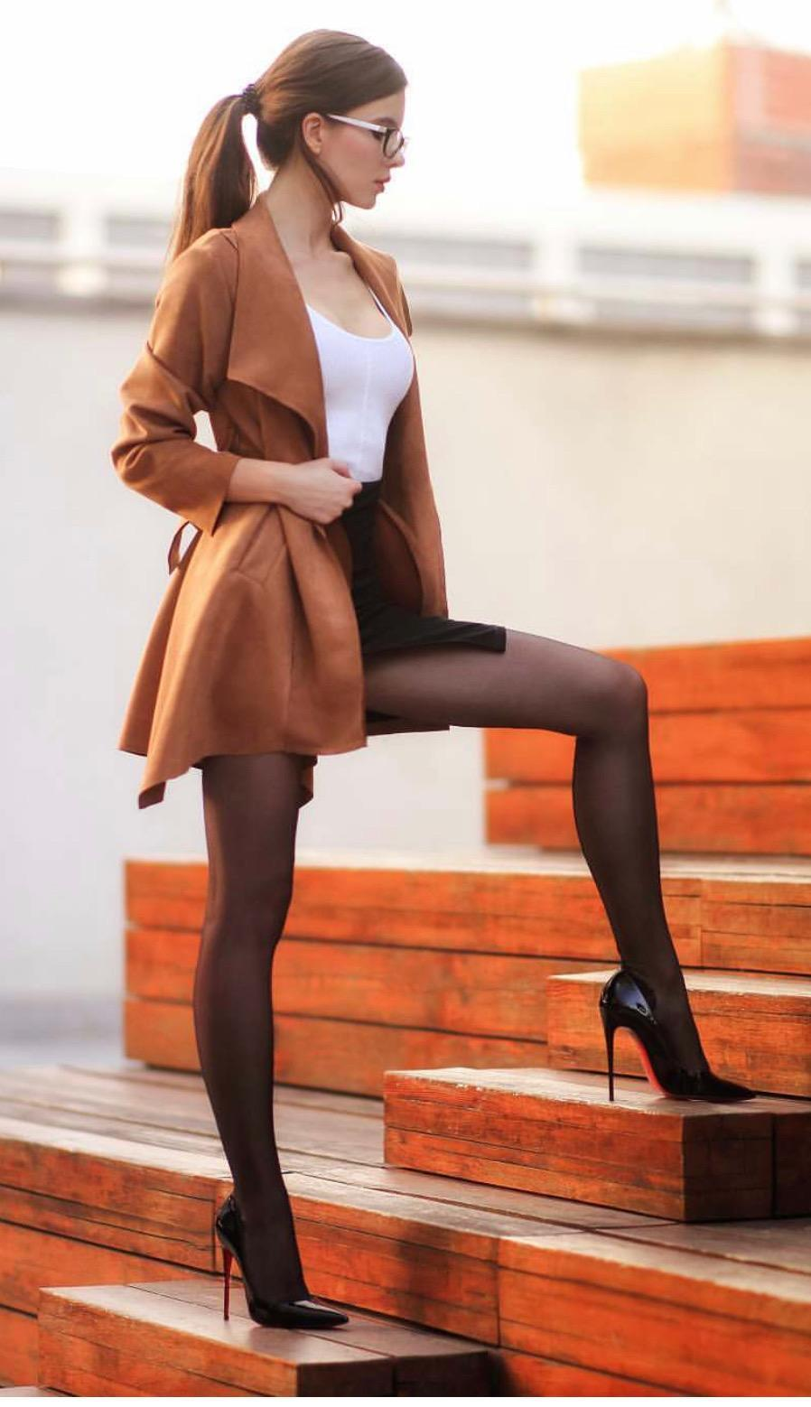 Brunette Teen Babe Outdoor Stairs Nn Pantyhose Nylons Heels Legs Ass Nicebody Handsoverhead Sexy Erotic Sultry Hot Busty