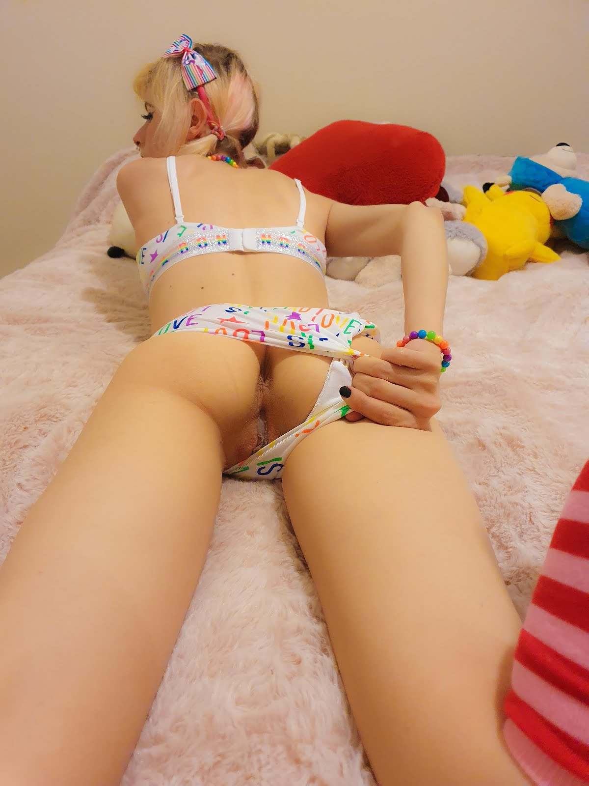 sophie dee squirt solo tube search videos