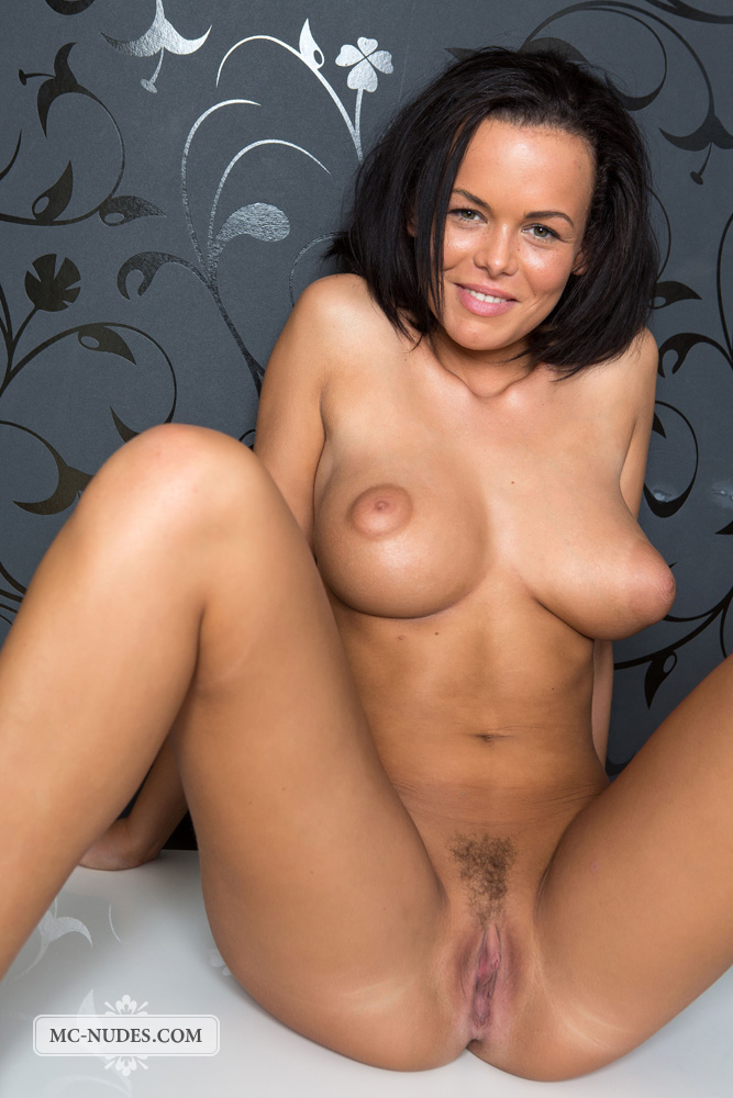 orgasms natural beauty with incredible breasts